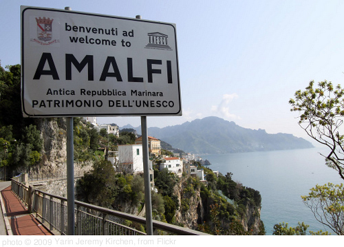 Welcome to Amalfi, photo Yarin Jeremy Kirchen